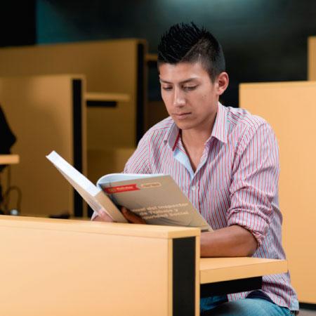 Colecciones y Prestamos -  Universidad EAN